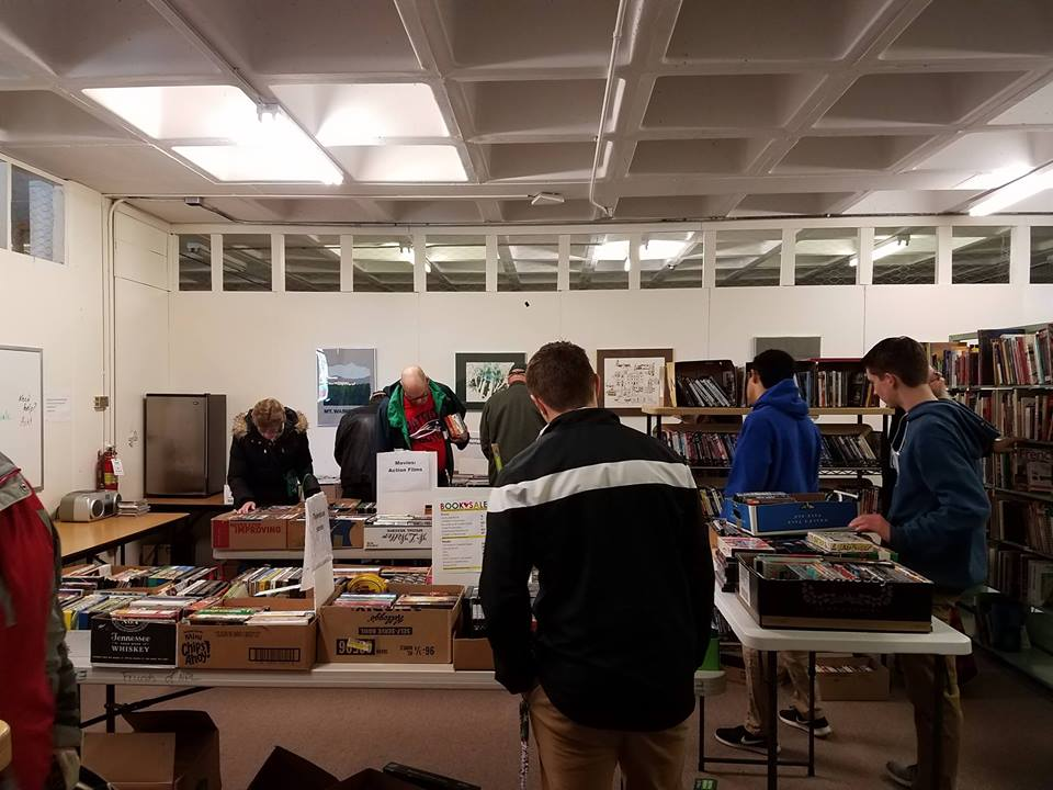 Image of shoppers at previous book sale
